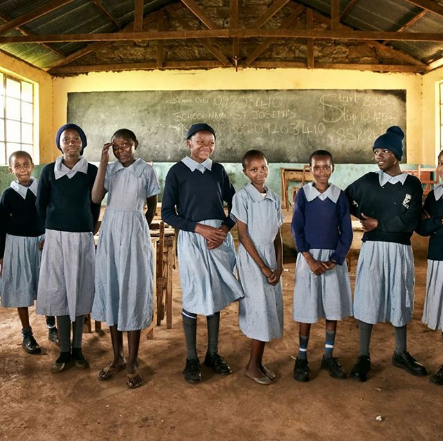 School girls in Ngurubani before they are to perform a song and dance for us. They are part of a pilote school project on healthy food choices possible where they live. #whereisjesperwestley #kenya #portraitphotography #diabetes #defeatncds #socialdevelopmentgoals #sdgs #bornholm