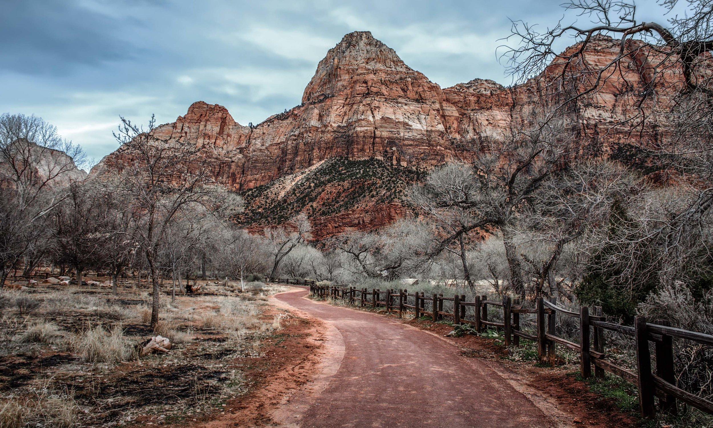 Watchman Trail 3381.jpg