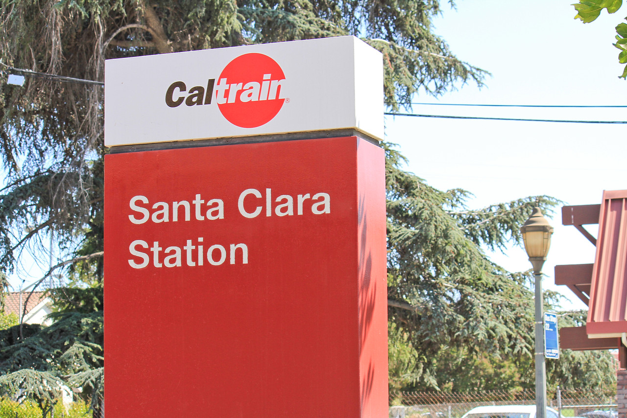 Santa Clara Caltrain Station.jpg