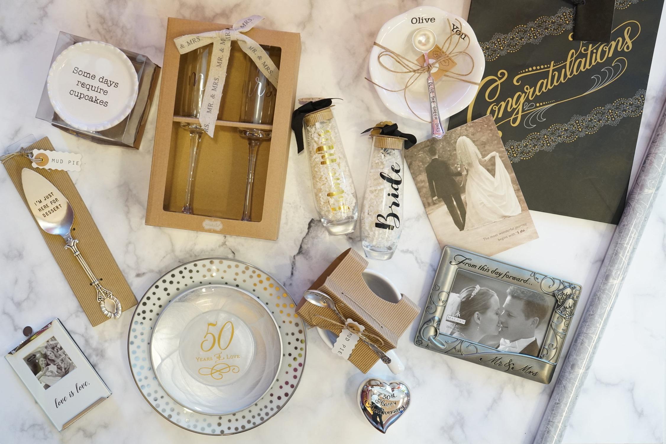 Bridal Bliss - Guest BooksGiftsNoveltiesWrap & BagsStationery
