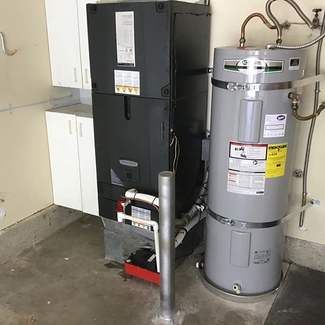 ☀️ Another outstanding install by our amazing team for a happy customer in Tacoma! Please call Mercurio's Heating & Air Conditioning for all of your heating, cooling, and electrical needs at 253-566-8974. We are here to help. #mercurios #tacoma #fircrest #gigharbor #lakewood #federalway #bremerton #olympia #puyallup #tacoma #edgewood #northeasttacoma #auburn #heating #cooling #beattheheat