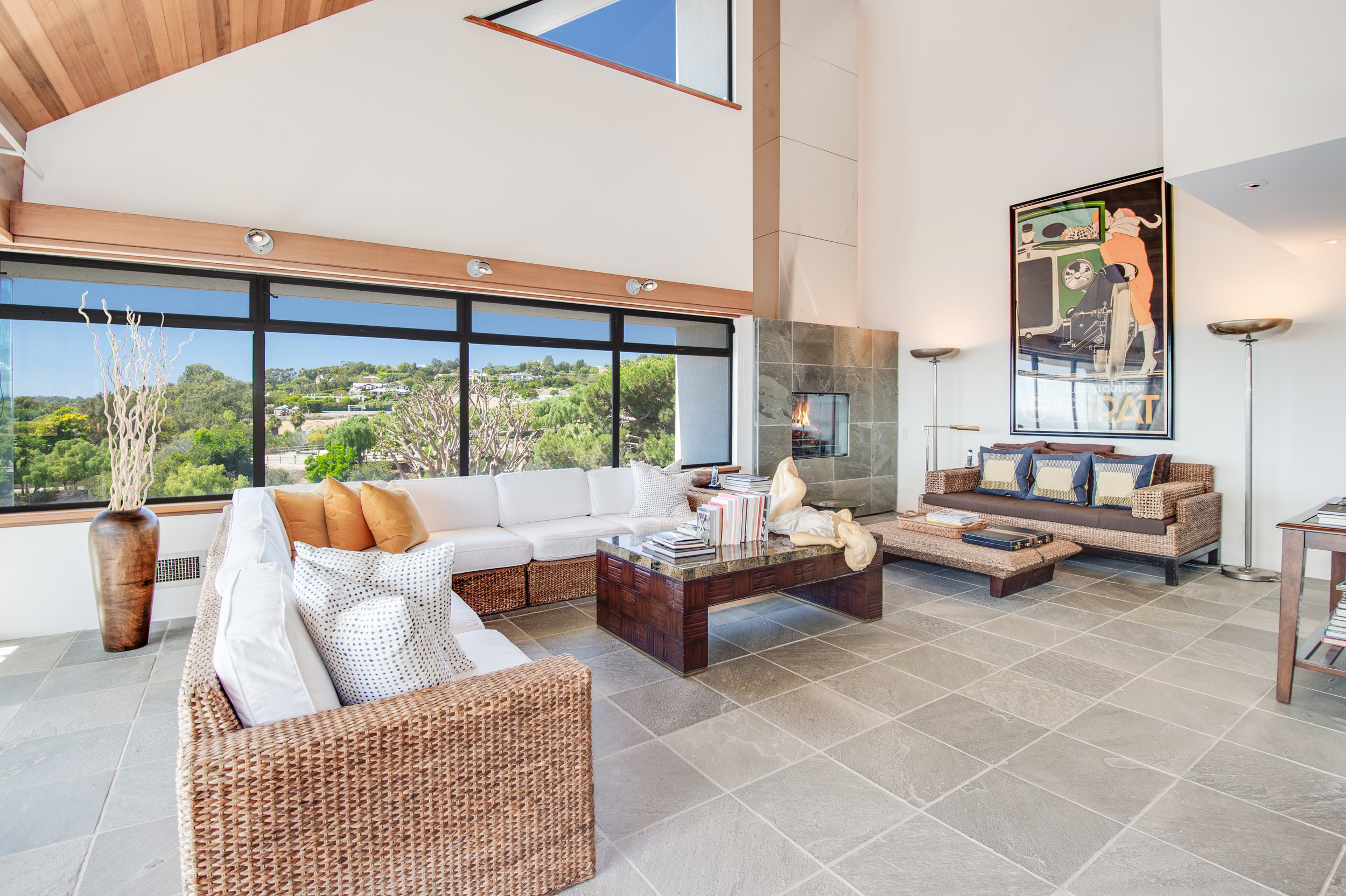 27553 Pacific Coast Highway Malibu, CA 90265 - View More
