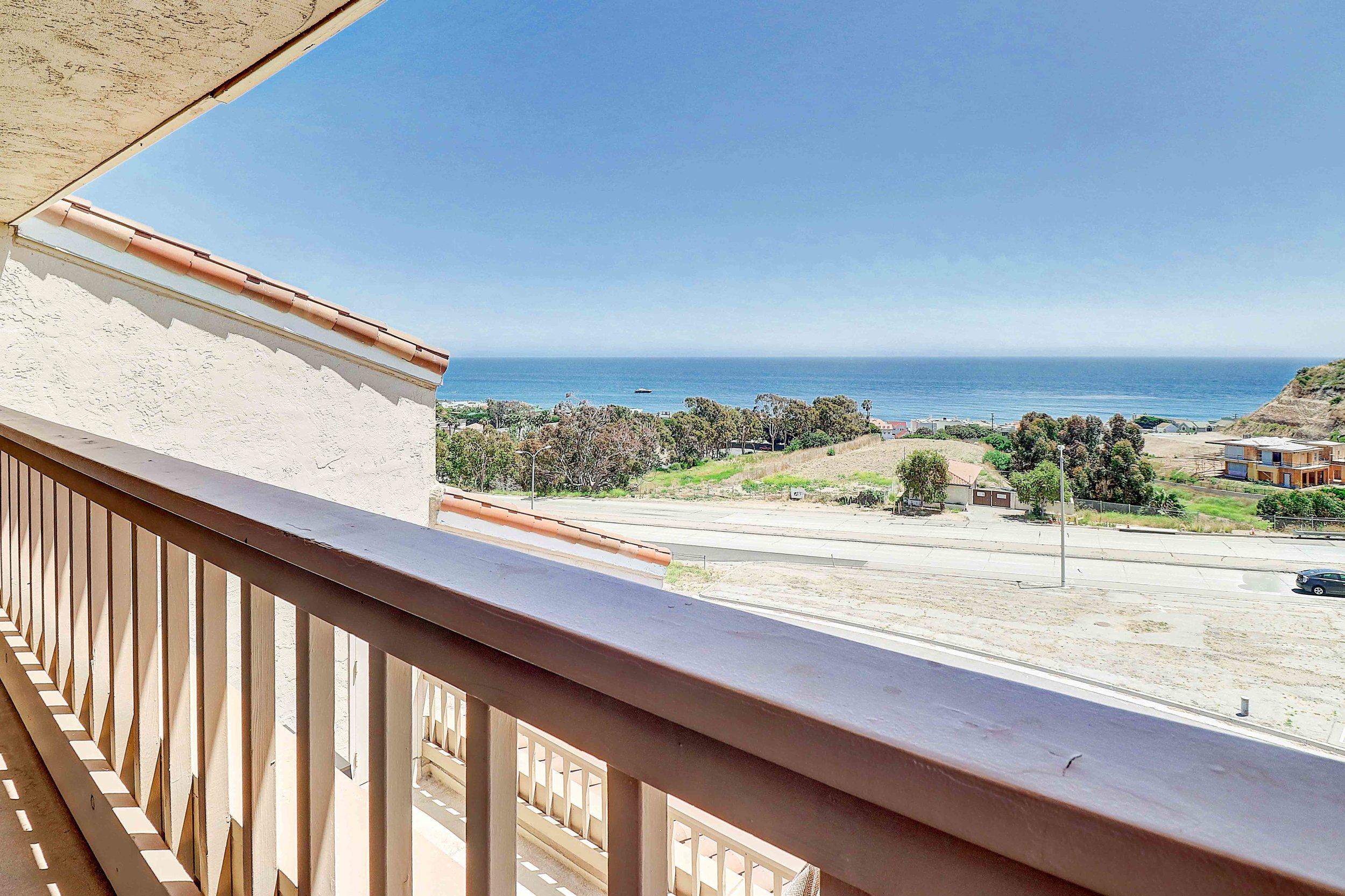 23916 De Ville Way # C Malibu, CA 90265 - View More