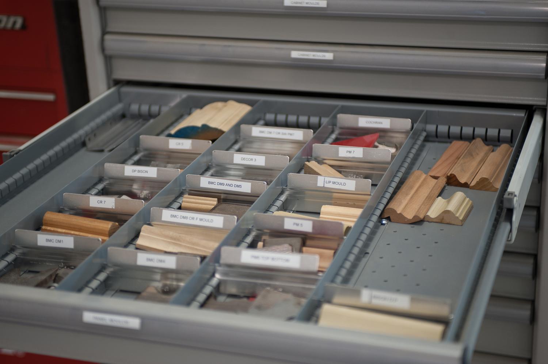 Knives in drawer-3.jpg