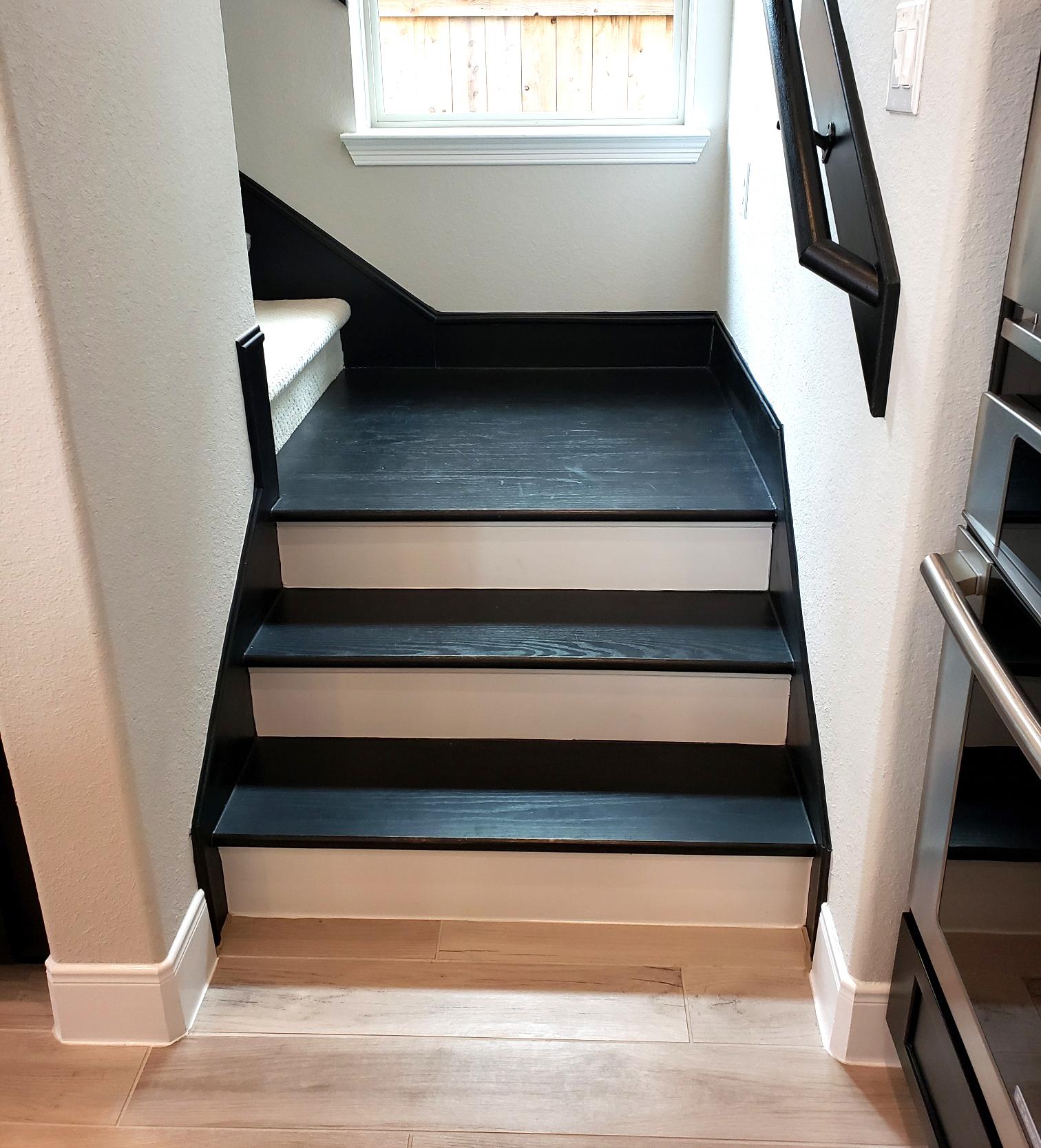 stair landing black.jpg