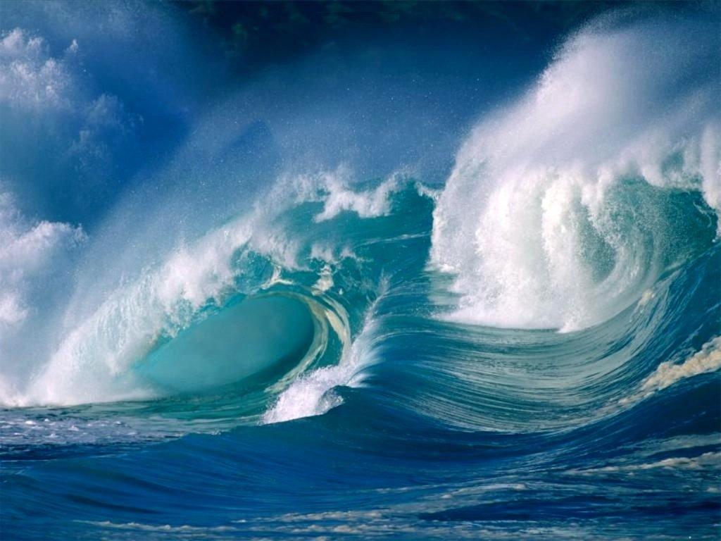 crashing_ocean_waves_nature_freecomputerdesktopwallpaper_1024.jpg