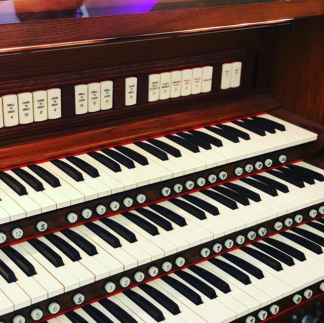 The organ at San Clemente Presbyterian Church.