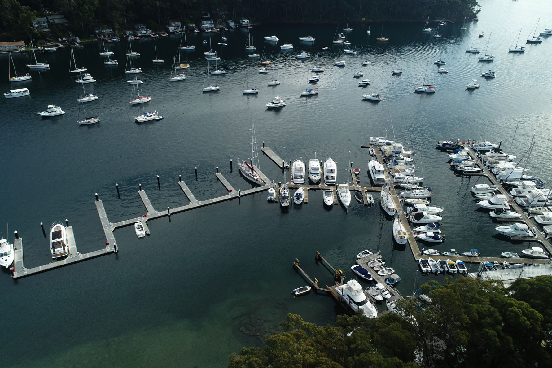Marina accommodation for 200 vessels - Located in the heart of one of the best sailing areas and yachting environments in the world, HolmePort marinas at Church Point is located at the mouth of McCarrs Creek on the southwestern end of Pittwater, Sydney surrounded by picturesque Broken Bay. The state-of-the-art marina offers accommodation for 200 vessels split between wet berths and swing moorings for boats up to 100ft (30m) in length. The site is tucked away in deep water sheltered from prevailing winds.