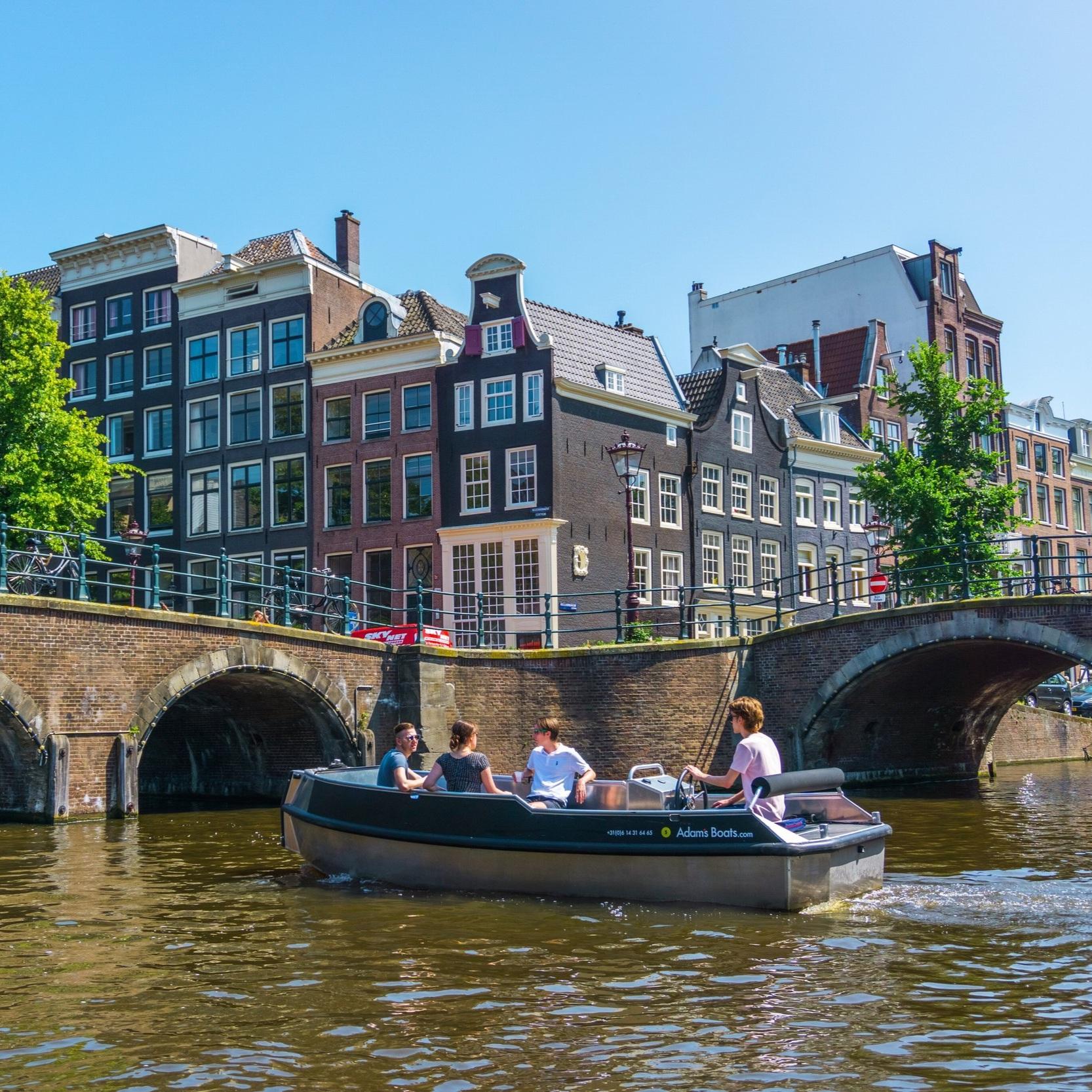 sloepje huren in amsterdam