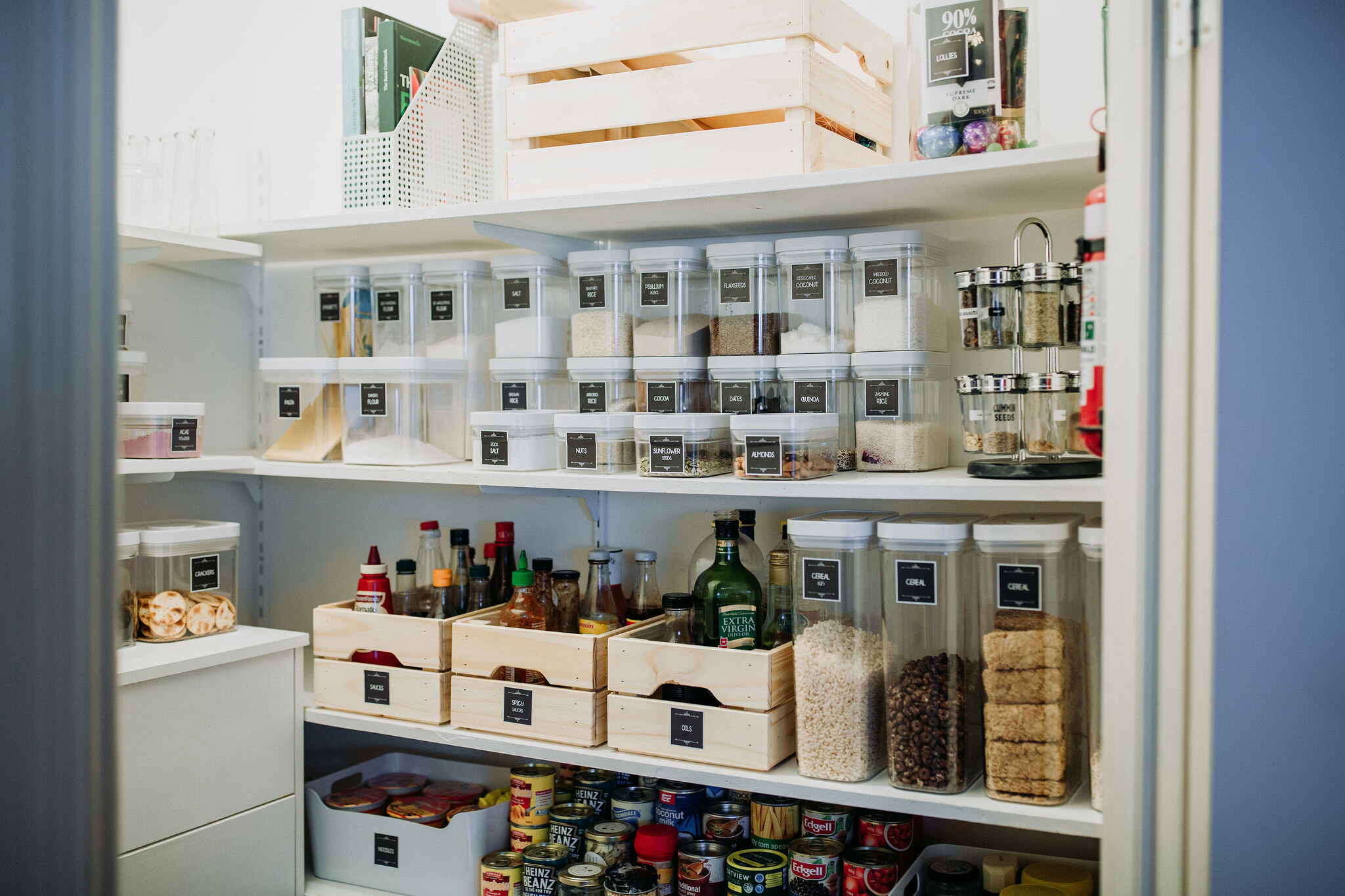 ONE DAY P.A. PANTRY MAKEOVER