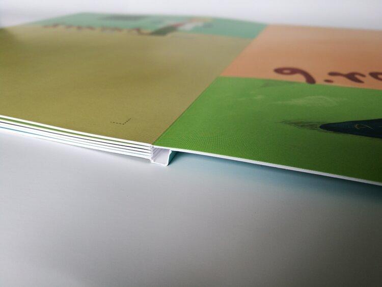 Lay Flat s měkkou obálkou poslední stránky -