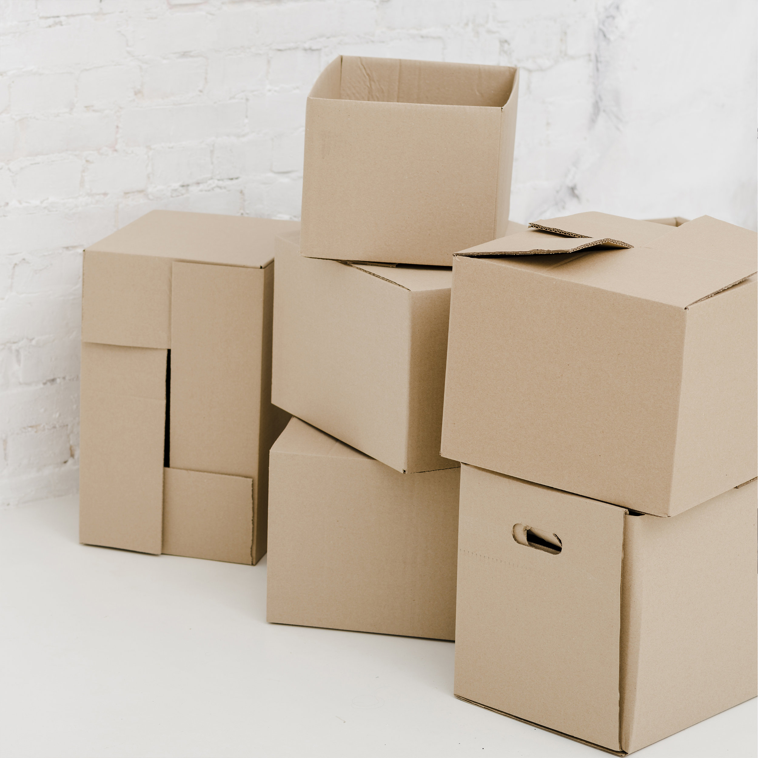 |moving - We help you organize everything in the rooms and spaces of your new home.