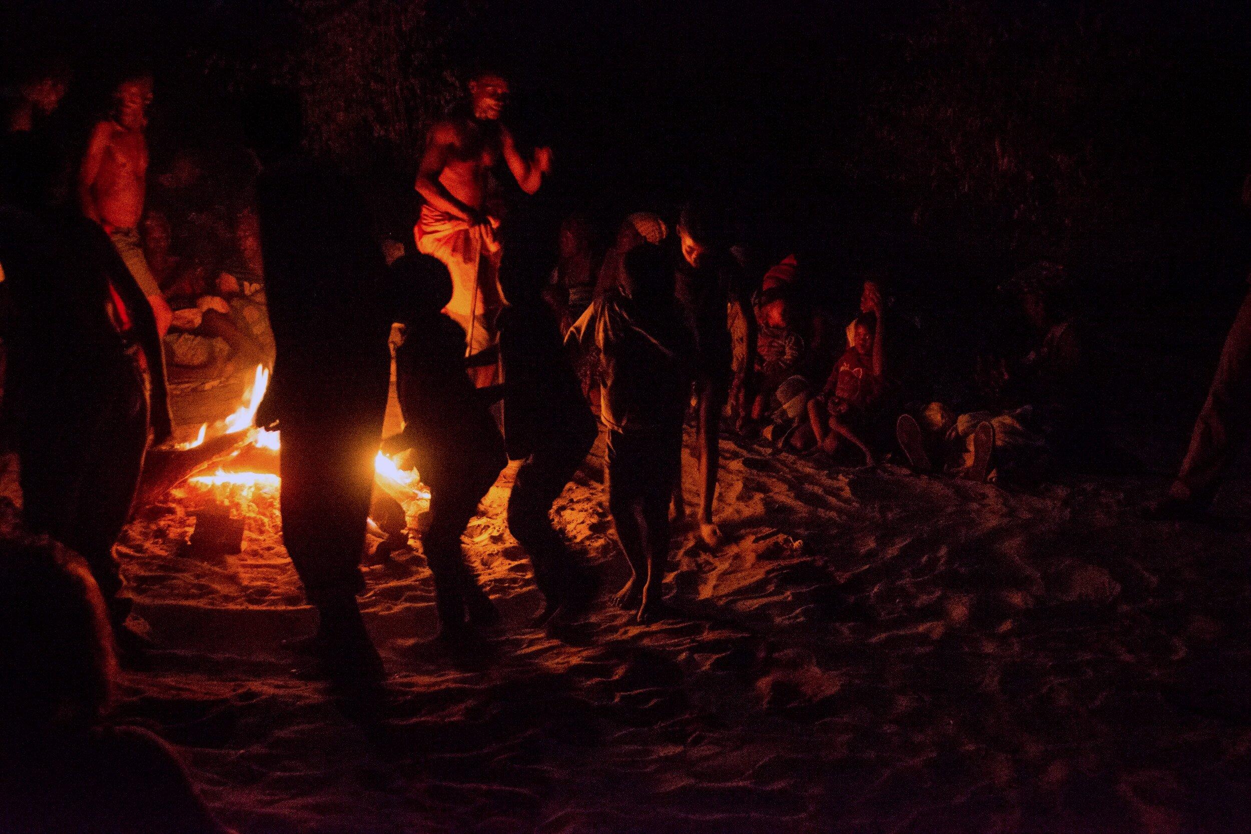 Bushmen+and+Fire+ranger+Visit+-+Devon+Jenkin-168.jpg
