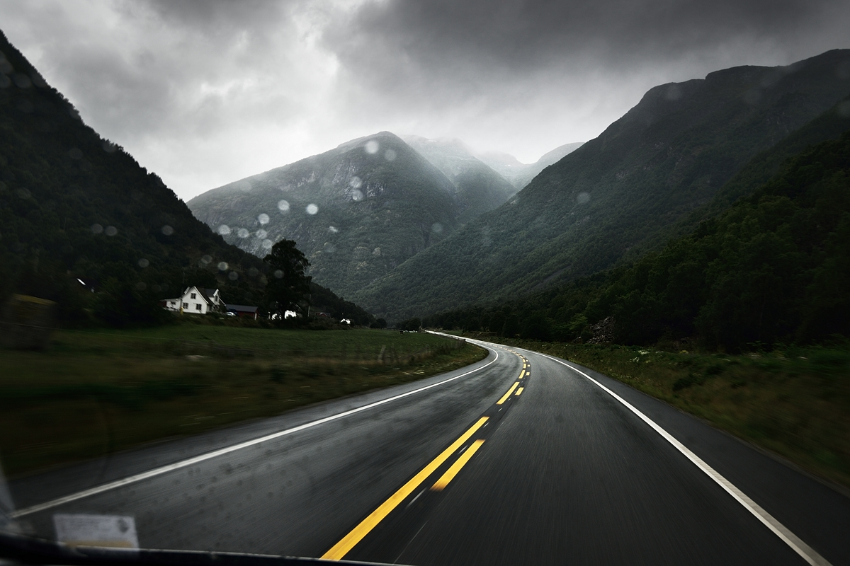www.alexstemmer.com_blog_2016_road_Norway29.jpg