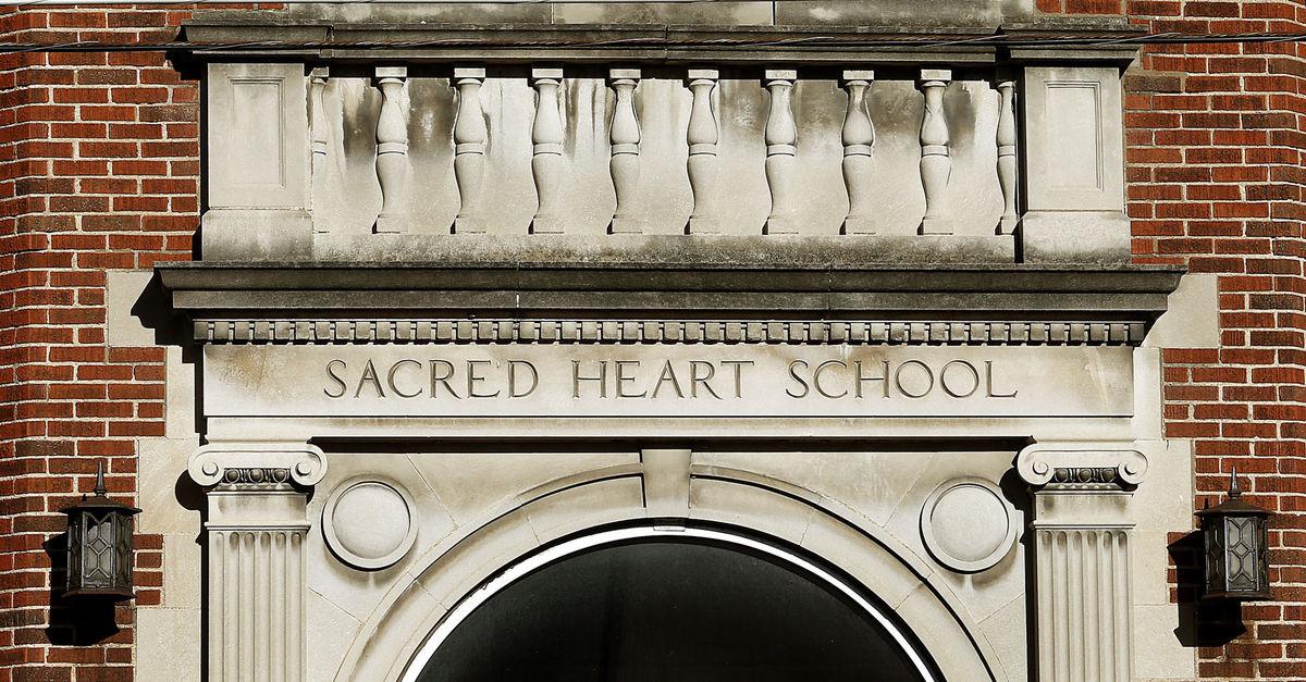 Old Sacred Heart School, prior to demolition.