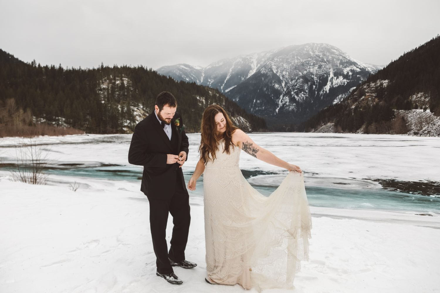 bride-groom-snowy-mountain-elopement