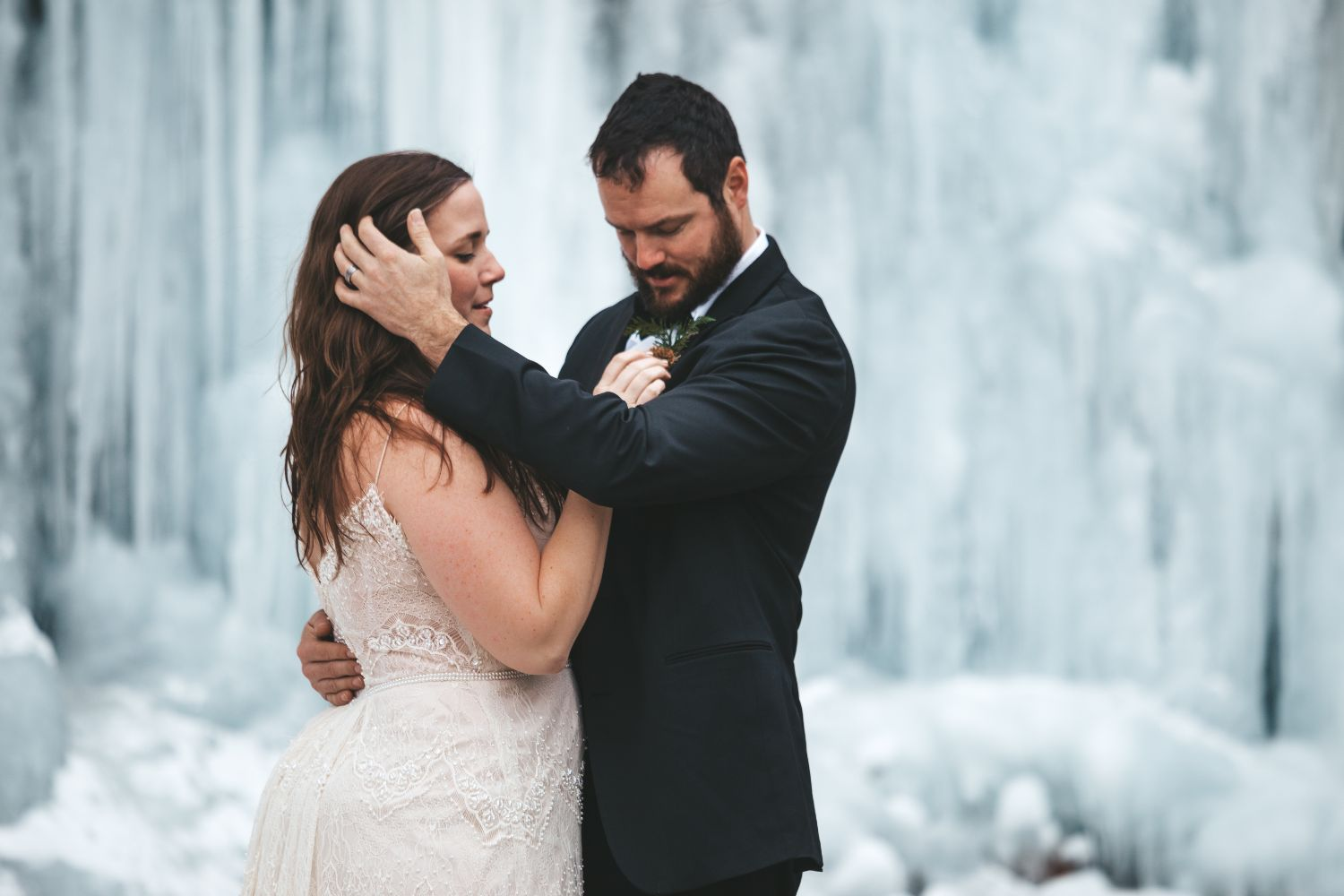 bride-groom-ice-waterfall-north-cascades