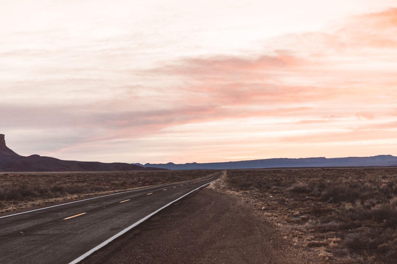 sunrise-desert-road