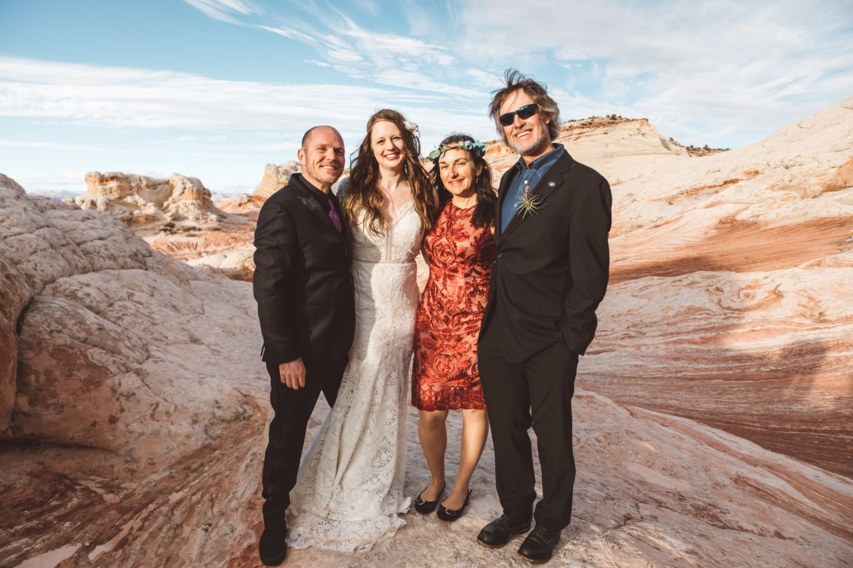 utah-elopement-family-friends