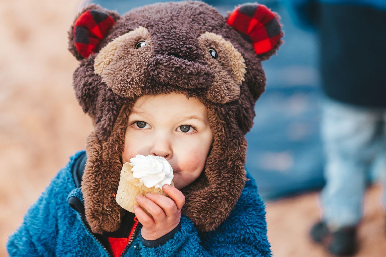 kid-eats-cupcake