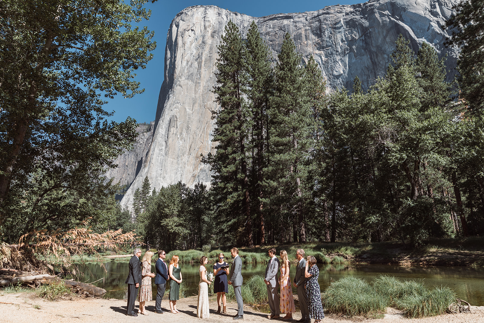 adventure-wedding-ceremony-yosemite-valley