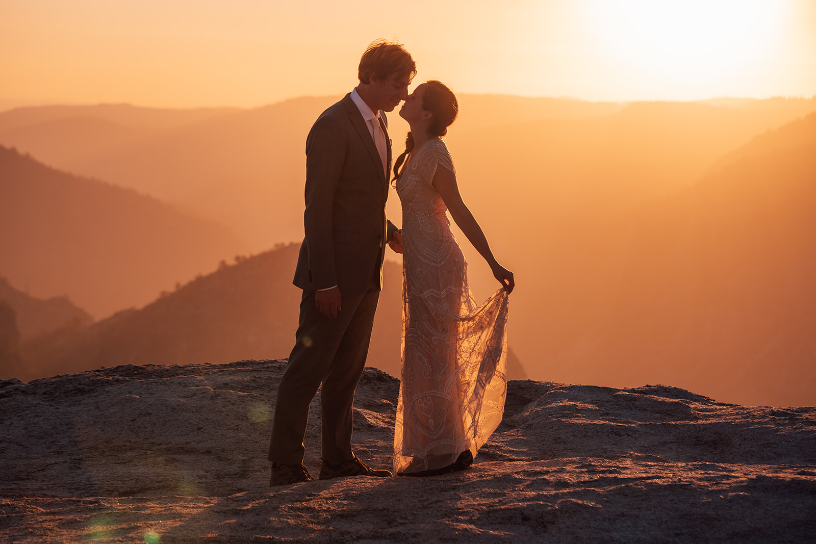 adventure-wedding-yosemite-sunset