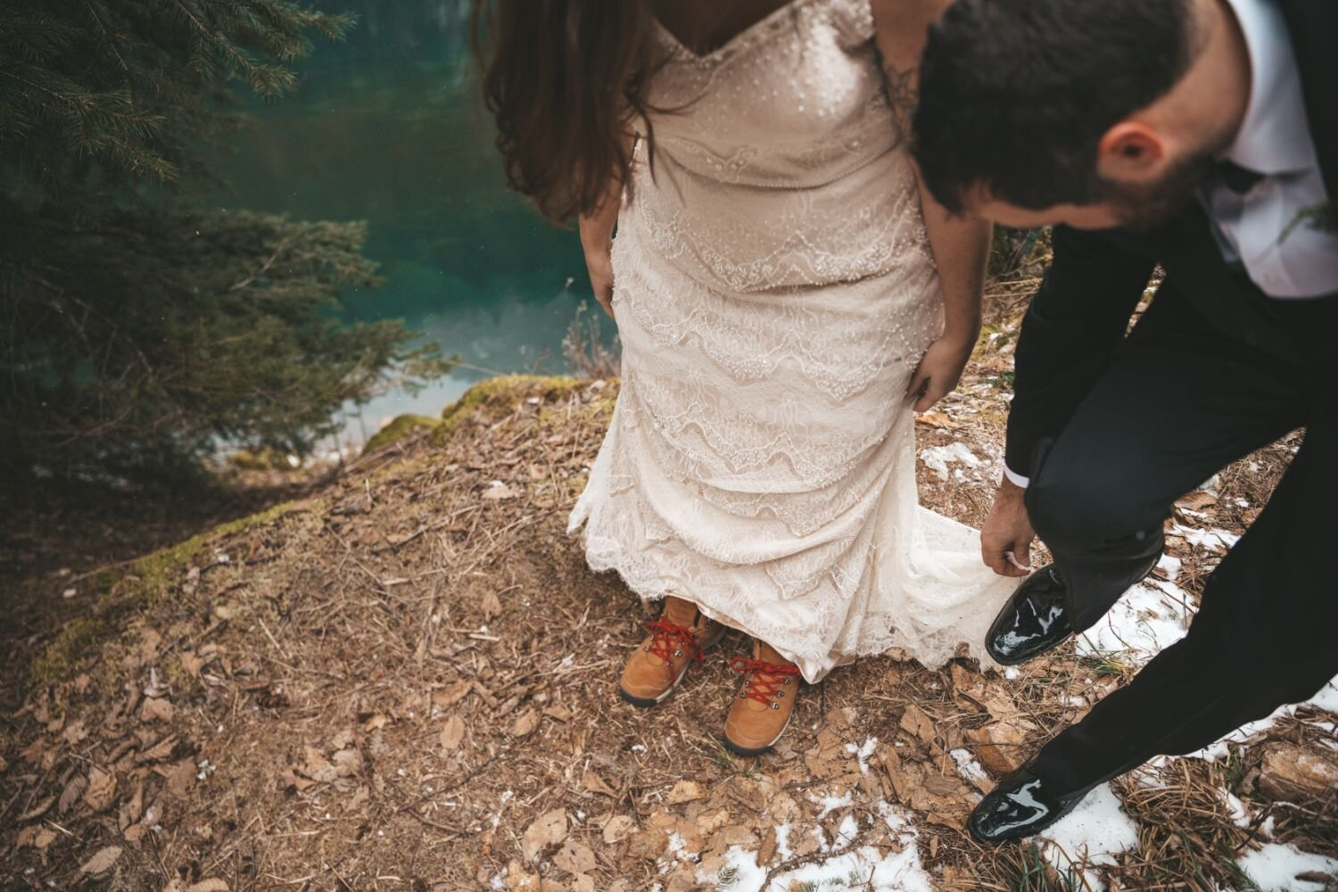 winter-elopement-hiking-boots
