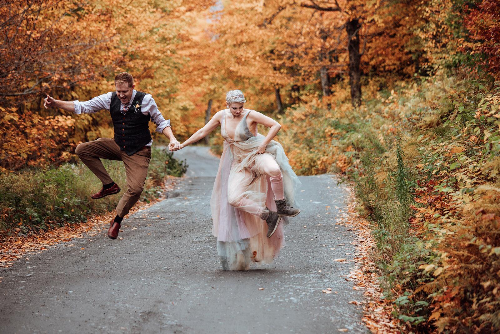 vermont-elopement-wedding-fall-foliage