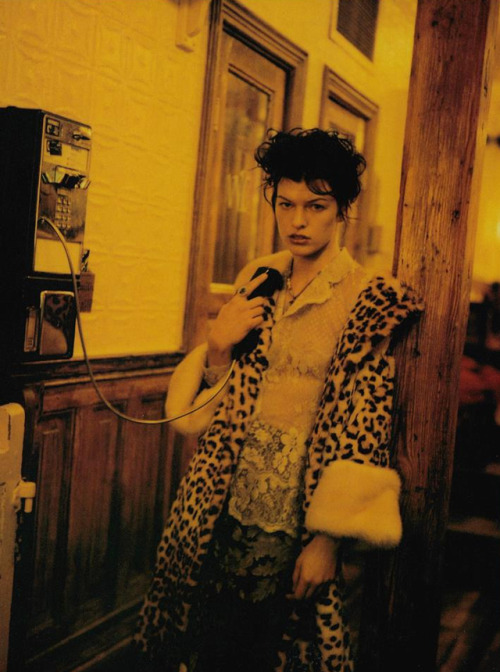 Métissage Mixage Repêchage - Vogue Italia (1997) Milla Jovovich by Paolo Roversi .jpg