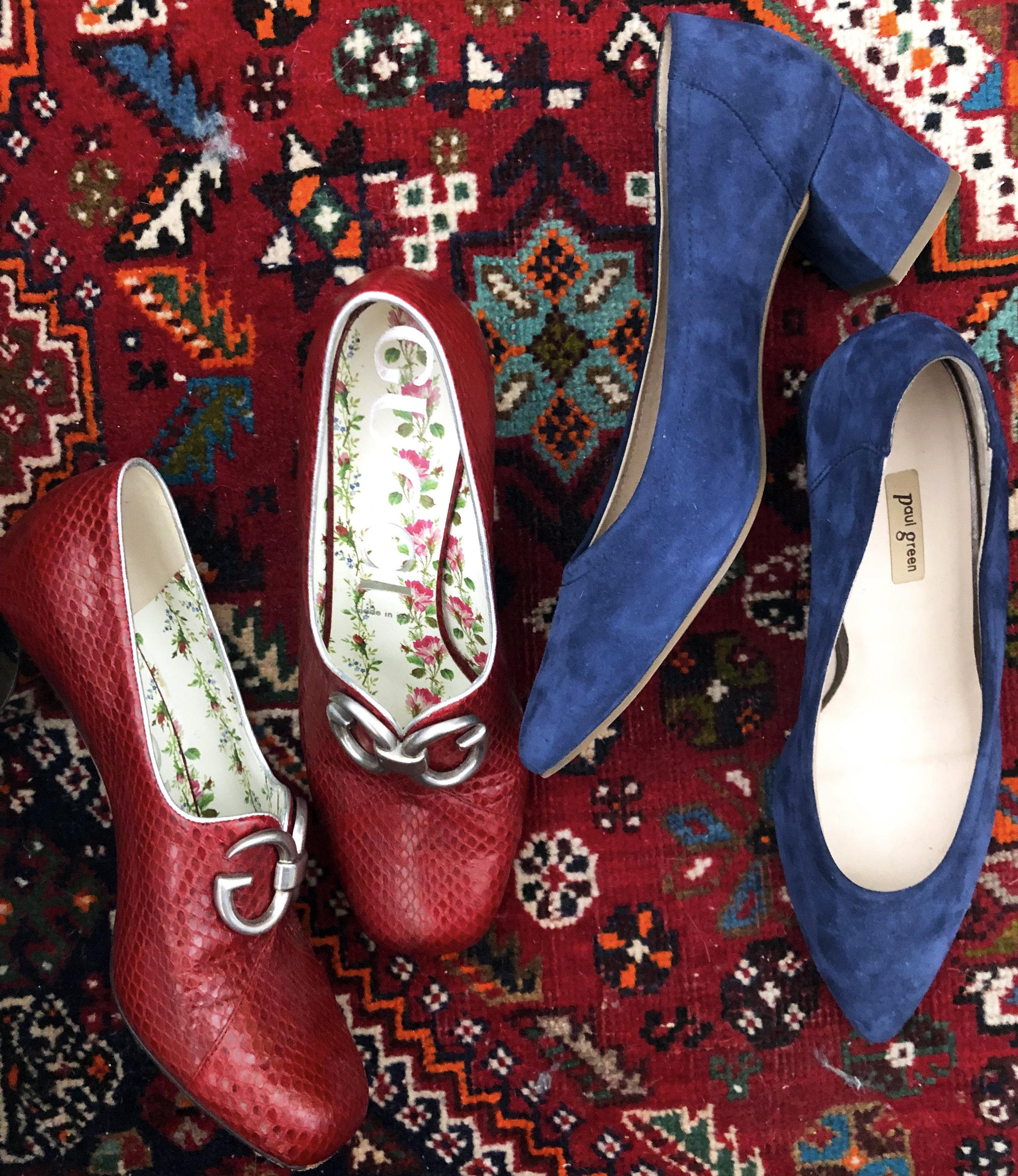 redshoes_blueshoes.jpg