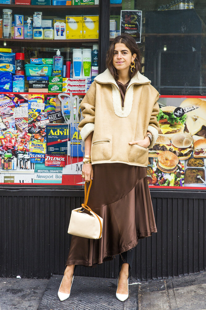 Leandra-Medine-Style-Dress-Over-Pants-Trend-Man-Repeller-31-667x1000.jpg