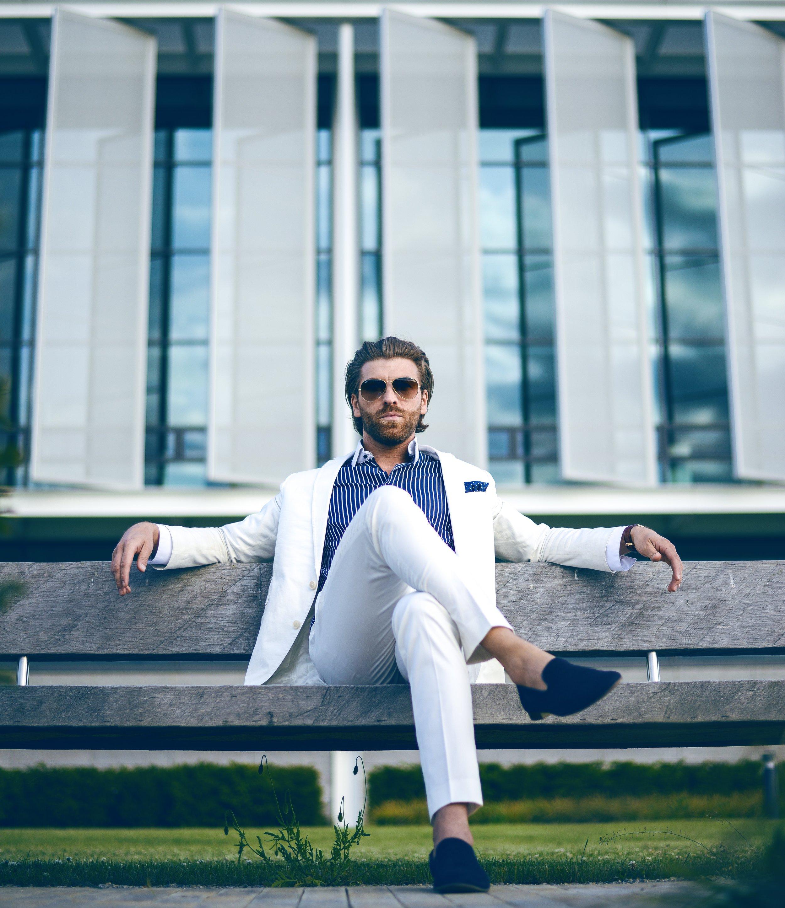 adult-businessman-contemporary-2709563.jpg