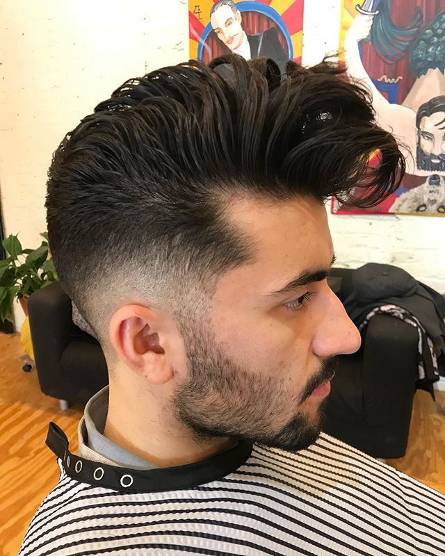 Was scrolling through some older pics and found this photo from when I was prepping my guys for NAHA. @armanjarami 's hair is the coolest and he can pretty much pull of any style, this was for sure one of my favorites. #naha #thebevysalon #chicagohairstylist #chicagobarbers #menshair #reuzel #fadehaircut #mizutani #mizutaniscissors