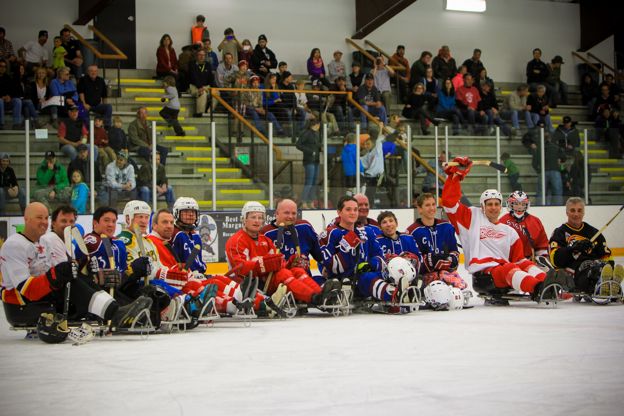 Sledhockey Groupshot.jpg