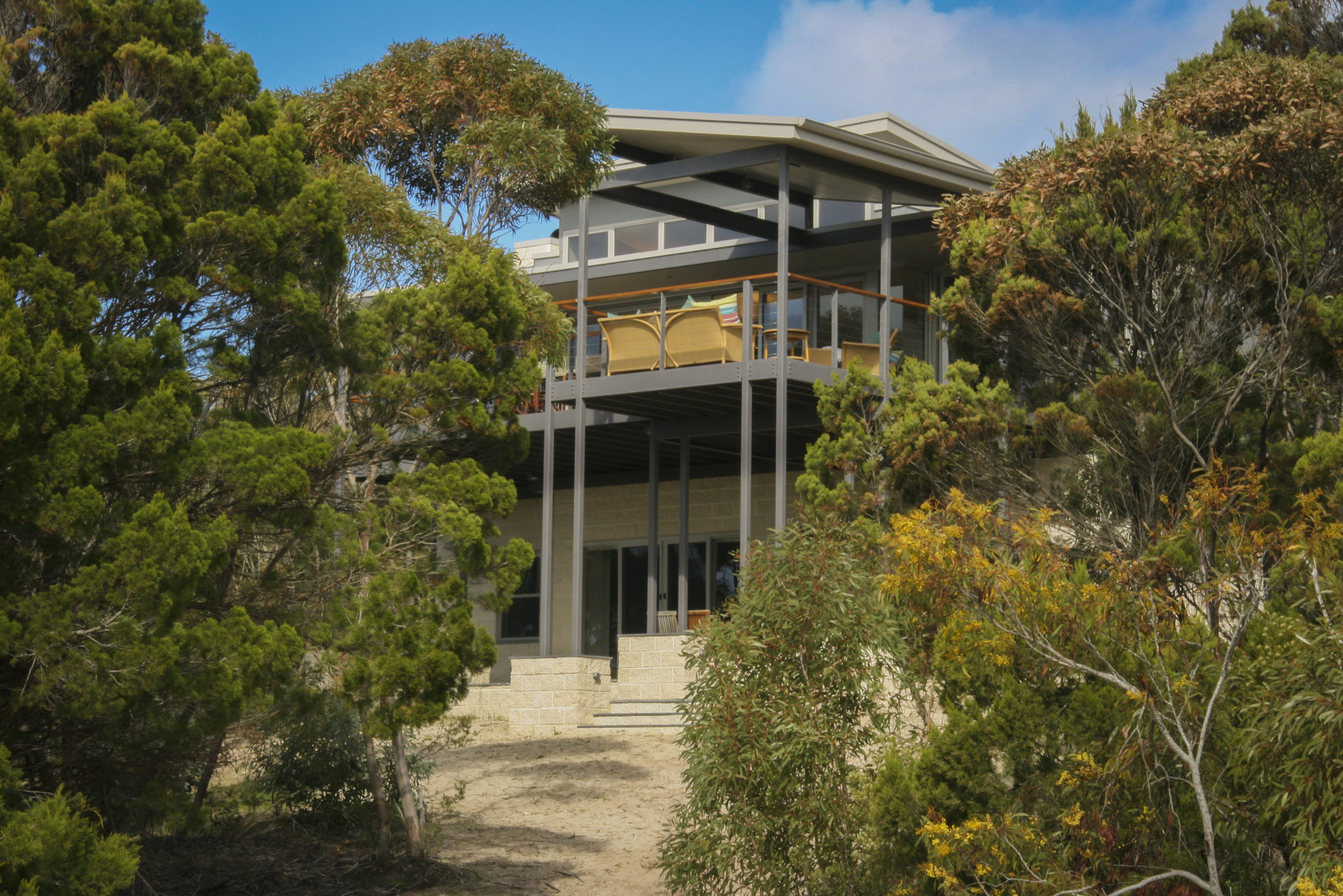 A picturesque wilderness to explore  - Situated in protected Eastern Cove, on the Northern coast of Kangaroo Isand, DeCoudie Beach house provides an inviting oasis for all to enjoy.Map