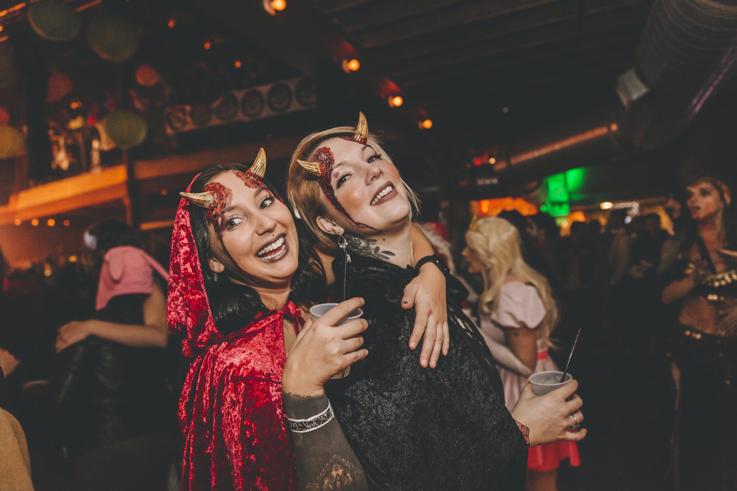 Costumes_CheapyCreepy_TJD2018-0863.jpg