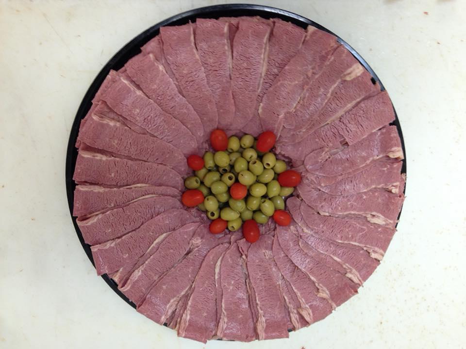 Catering_CornedBeef_Platter1.jpg