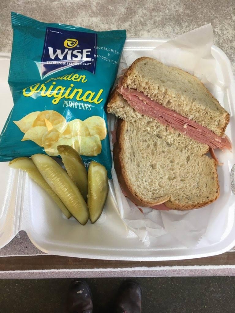 LunchSpecial_Sandwhich.jpg