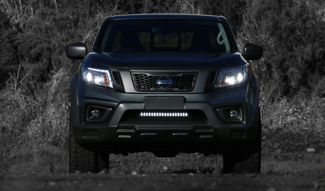 Nissan_Navara_R_sport_Granite_Front_On_Hero.jpg