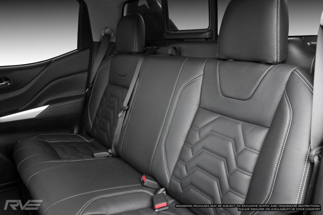 Nissan-Navara-R-Sport-Interior-2.jpg