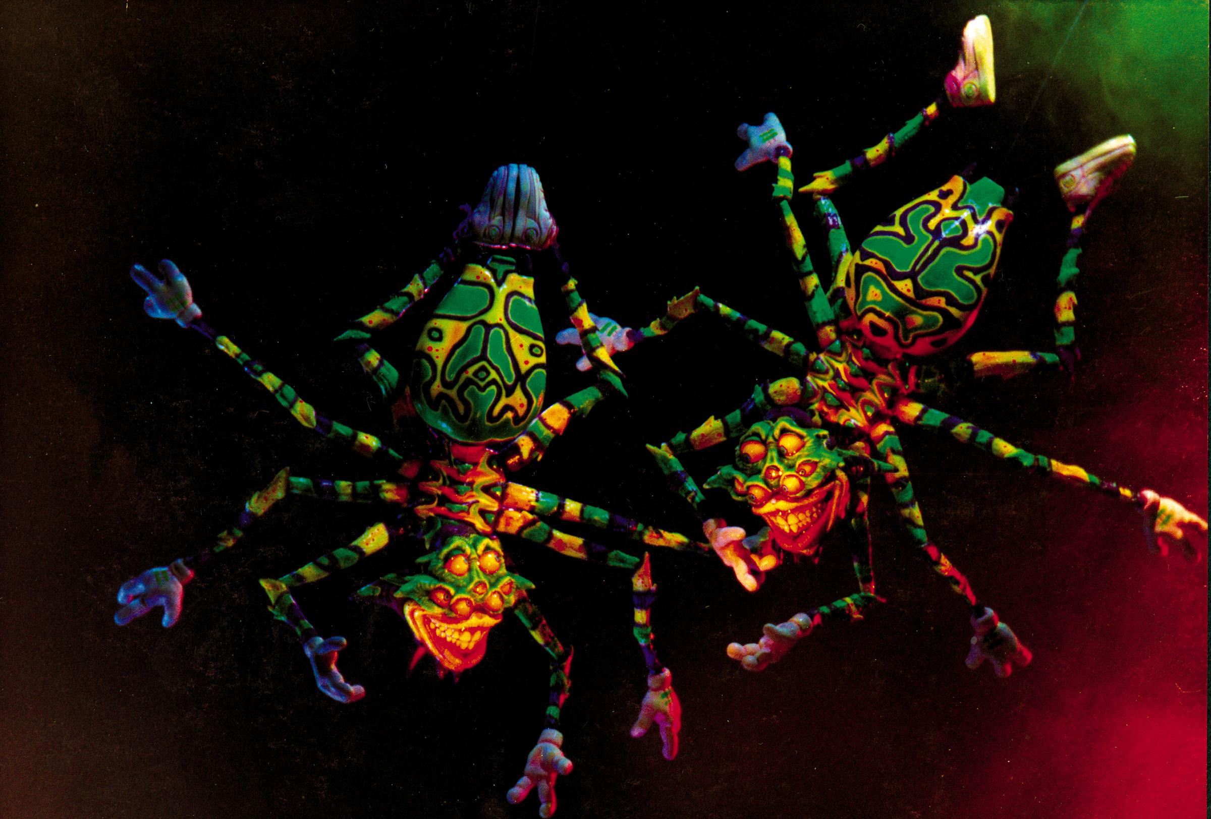 Japan_Spiders.jpg