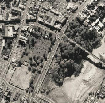 1968 Motorway Auckland construction _Symonds Street Cemetery.jpg