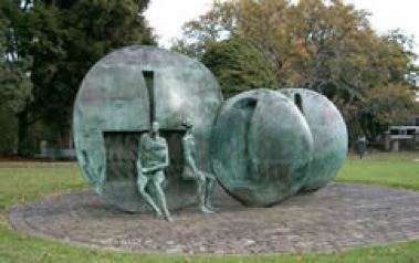 K rd Rocks_Fountain_Art_Symonds Street Cemetery.jpg