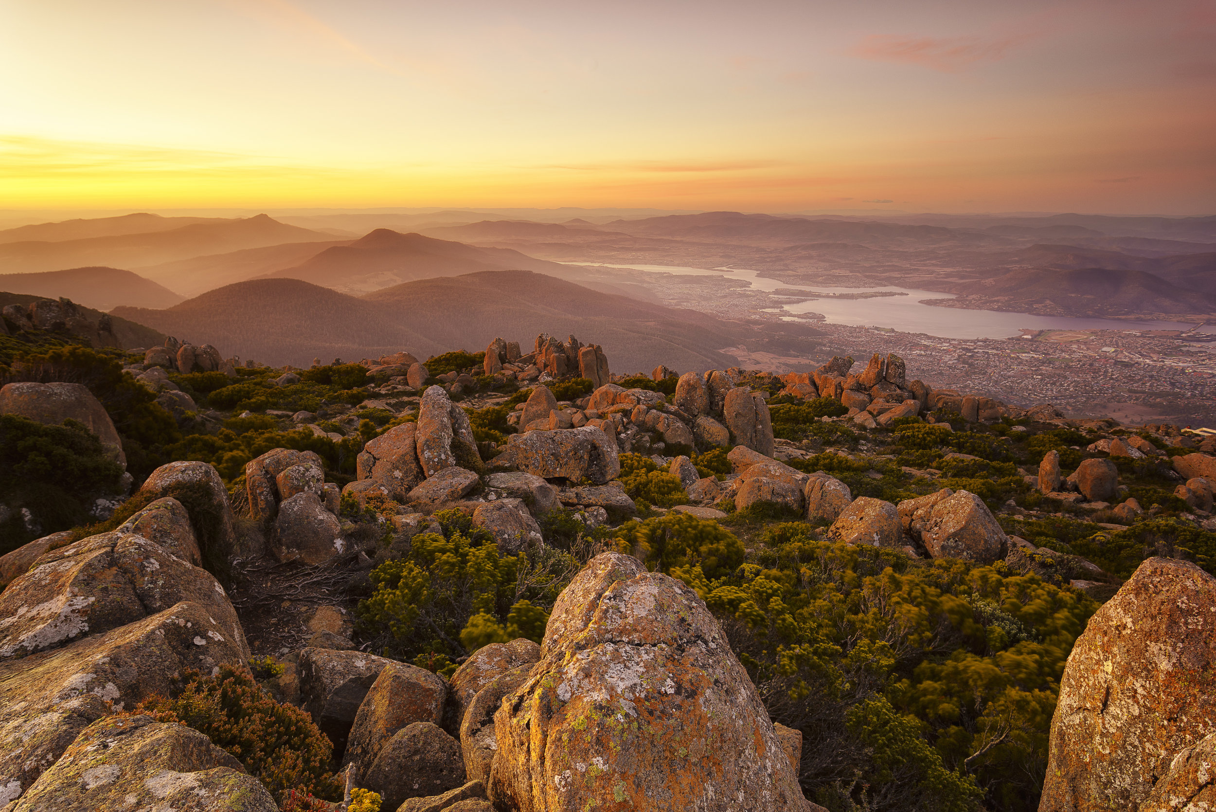 kunanyi sunset.jpg