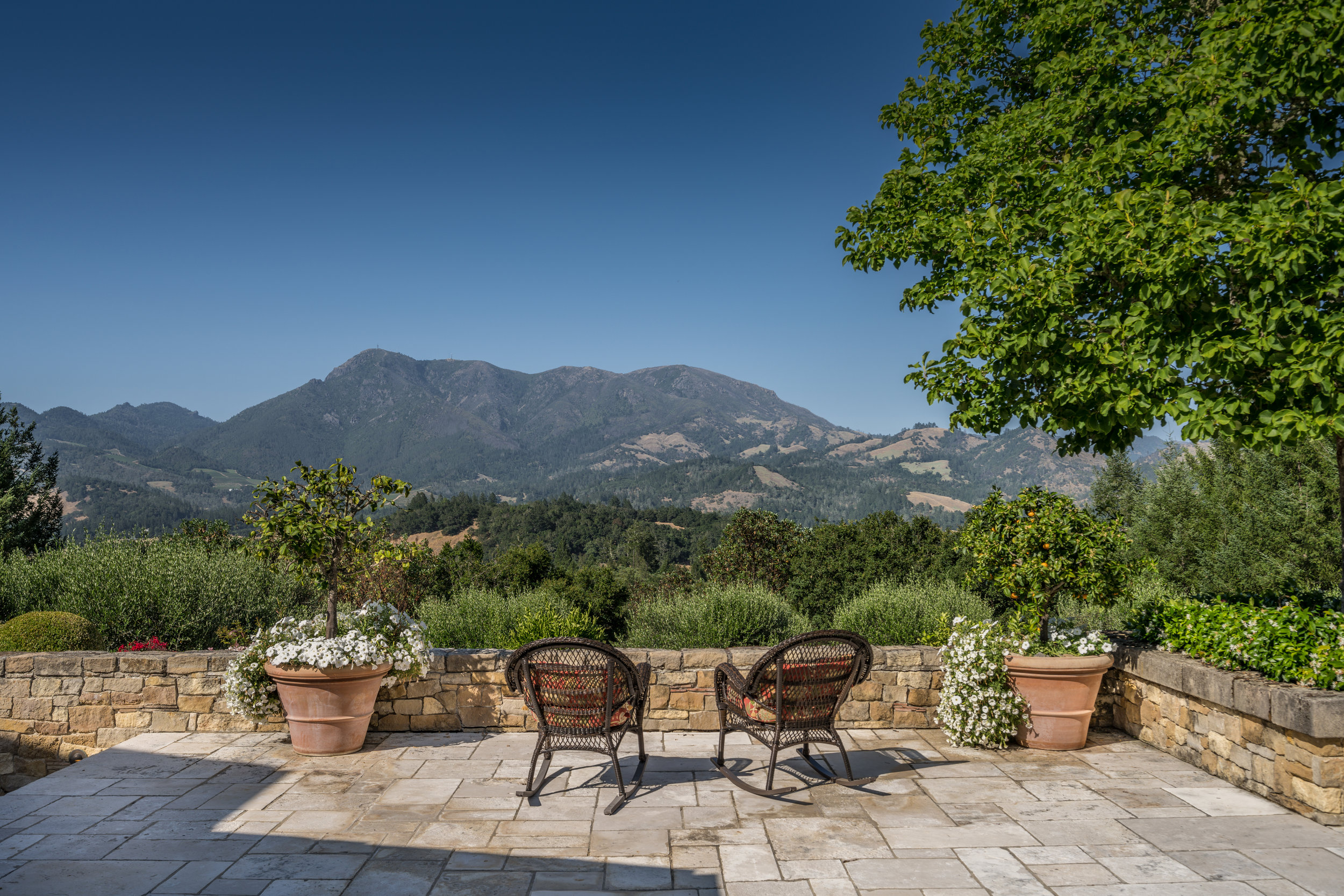 The Villa lends itself to private outdoor entertaining, all overlooking Mt. St. Helena.