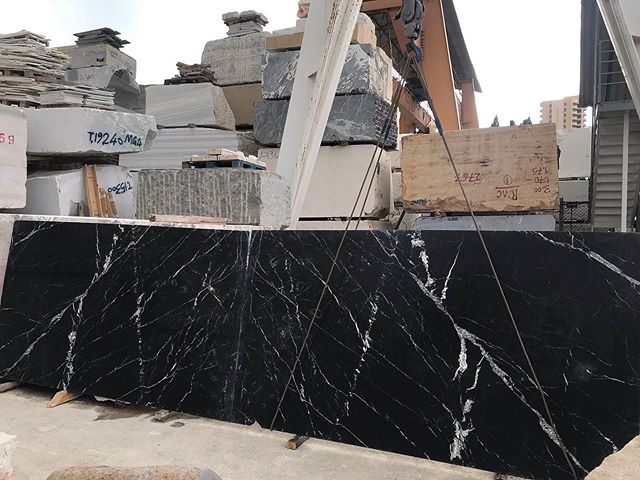 Nero Marquina !  285x155  #black#white#marble#natural#stone#love#nature#luxury#stone#neromarquina#slabs#pictureoftheday#interiordesign#design#beirut#lebanon#factory#friday#marmgroup