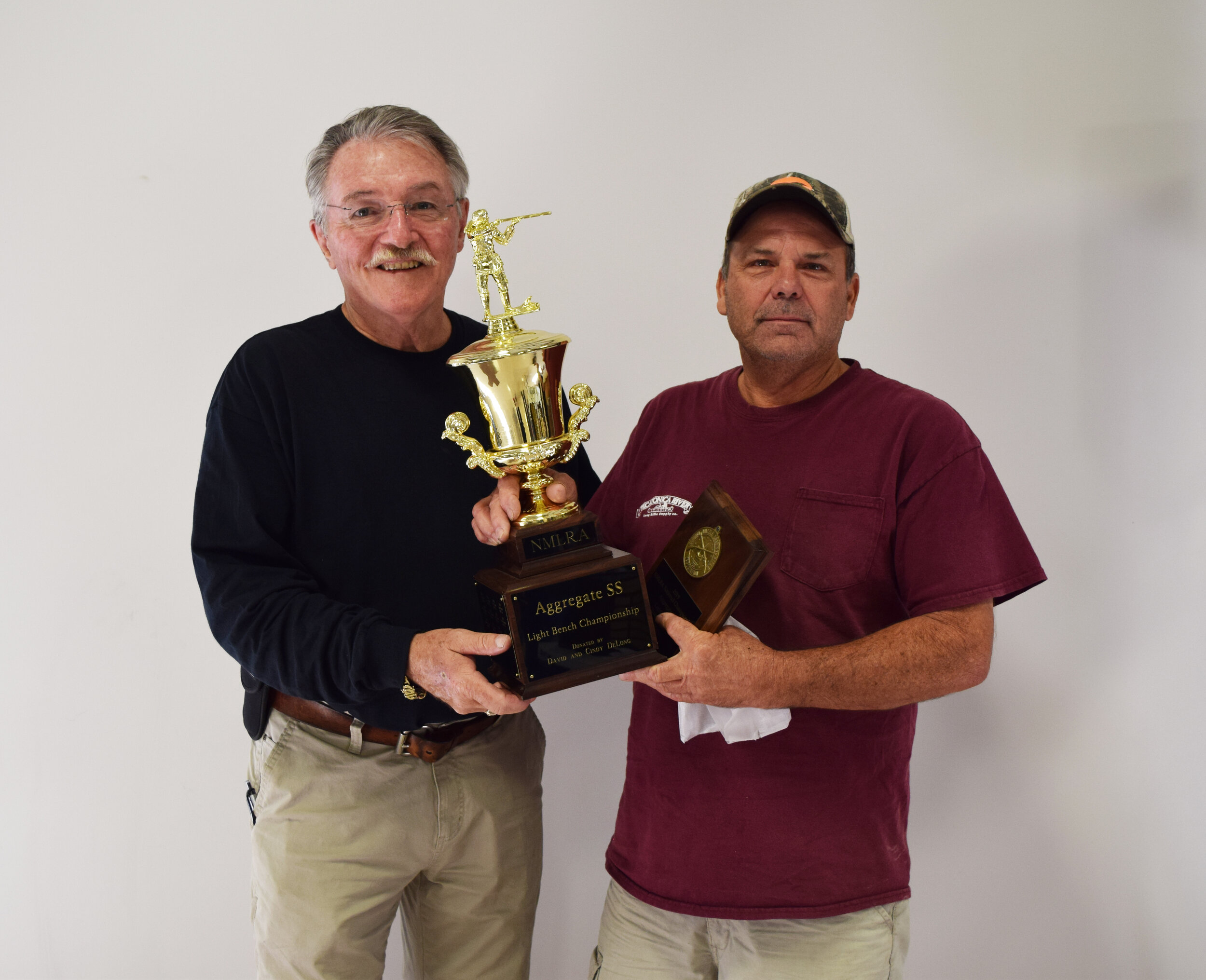 Dave Vanderbos - Aggregate SS - Light Bench Championship Winner with NMLRA President Brent Steele