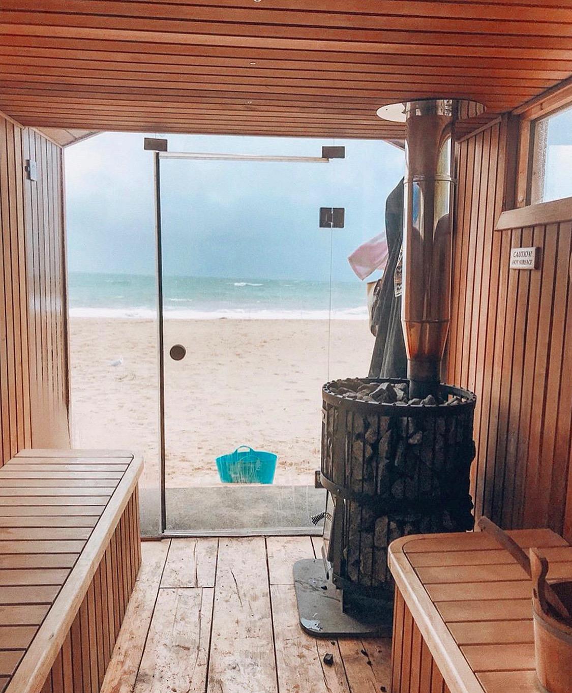 Sea view sauna (copyright Resurface, 2019)
