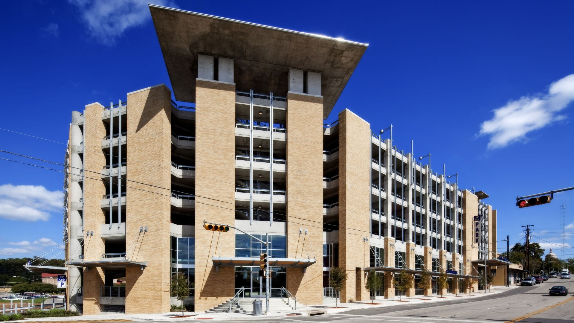 Rio Grande Campus Parking Garage, Austin Community College   Mixed-use | Parking | Bookstore