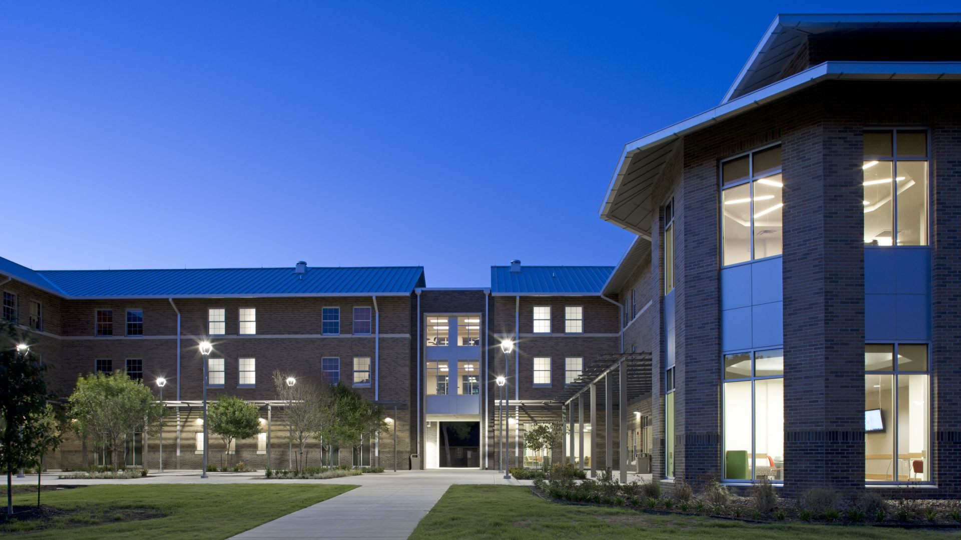 Centennial Residence Hall, Texas Lutheran University   Residence Hall | Student Success | Live/Learn | Social Spaces